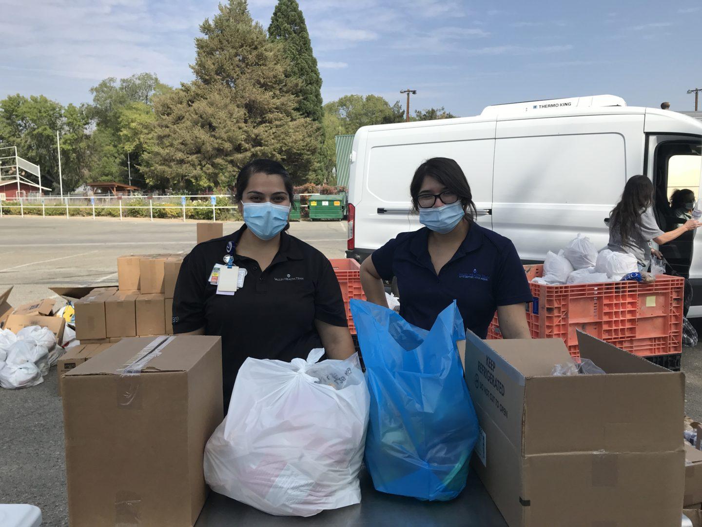 Valley Health volunteers